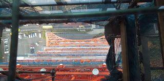 展望台から(ガラス床).JPG