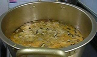 鍋(卵とじ).jpg